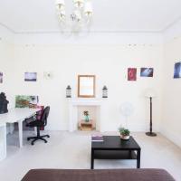 Impressive 2 bed apartment in central Hove