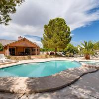 Viva Las Vegas! 4BR Luxury Home w/ Pool!