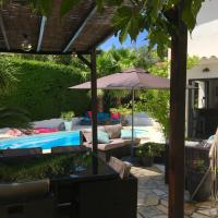 Bed,Kitchen and Swimming Pool Villa Esterel