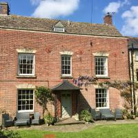 Burrows Court, Self catering Charming House near the Cotswold Way