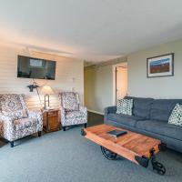 Mountainside Resort: B301