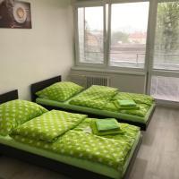 Rooms & Apartments Novohrad