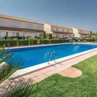 Stunning home in Oropesa del Mar w/ Outdoor swimming pool, Outdoor swimming pool and 2 Bedrooms