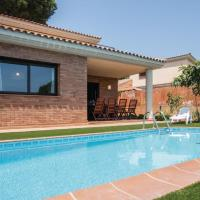 Awesome home in Tordera w/ Indoor swimming pool, Outdoor swimming pool and 4 Bedrooms