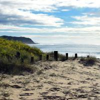 Beachfront Hallidays Point