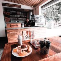 Smooth Cafe Hostel