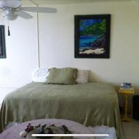Royal Palms 3 bedroom waterfront luxury condo in gated beachfront community with tennis & pool, Wifi, BBQ, with ocean view