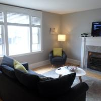 Beautiful, Clean, Quiet 2 BR-In Downtown Ottawa. Parking, WIFI and Netflix Included