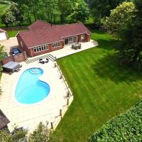 Paske Grove - Private Pool, Hot Tub, Games Room & Gym