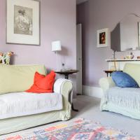 Charming 2 Bedroom Battersea Flat