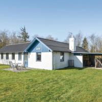 Two-Bedroom Holiday Home in Roslev