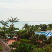 Beachfront Luxury 2 Bed Miami Beach Condo