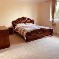 3 Bedrooms fully Furnish Apartment Uxbridge