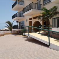 Fantastic 2 bedroom G02 with outside pool & sea view