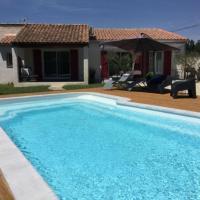 Très jolie location vacances climatisée, 6 personnes proche des Baux de Provence, située au coeur des Alpilles à Mouriès, LS1-312 Clarta