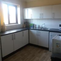 Attractive 2 bed flat in stakeford near the river