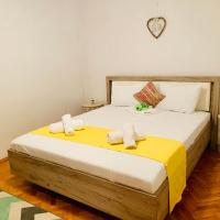 Ultracentral Apartment with all you need: WiFi, TV, AC, Washer, Coffe