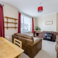 Whole 2 bed flat in the heart of enfield