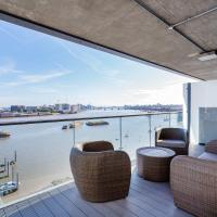 Veeve - Views of the Greenwich Peninsula
