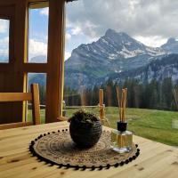 Alpine Panorama Jurte in den Glarner Alpen (Canton Glarus)