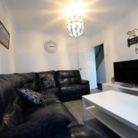 4 Bedroom - 0.5 Miles For Coventry Train Station