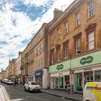 Central Charming Westgate Street