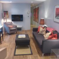 Light and Bright 1-Bedroom Garden Flat in Fulham