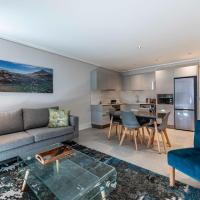 604 The Cosmopolitan... Luxury Sea Point!