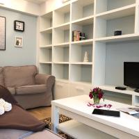 Bright, stylish apartment in outstanding area