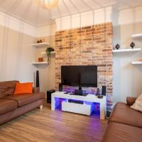 Superb 1 Bed Flat for up to 2 people near Waterloo with communal roof terrace