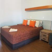 Safari Lodge Motel