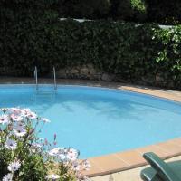 Wonderful house with swimming pool near Barcelona