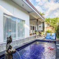 Villa Endang: soft sea breeze right at a doorstep!