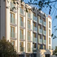 Хотел Амирал