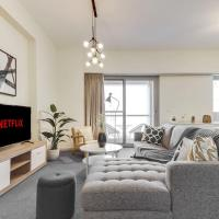 Exquisite Apt for 2 overlooking the Opus by GuestReady