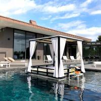 PGA Catalunya - Villa 5, hotel near Girona-Costa Brava Airport - GRO, Girona