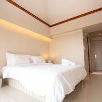 A Room Bangkok Sathorn