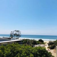 Absolute Beachfront - Cabarita Beach - Ocean Views - 3 Bed Apartment