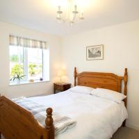 MABEL AND JEANNIE COTTAGES - Luxury Cottage Accommodation - Self Catering or B&B - Secure Parking - Fully equipped Kitchen - Towels & Linen