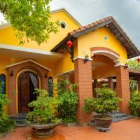 Dinh Villa, hotel near Phu Bai Airport - HUI, Thôn Trường Giang