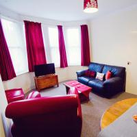 Westcliff Central, One-bedroom First Floor Flat