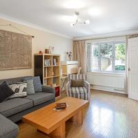 Beautiful 3 Bed House w/Patio nr River Thames