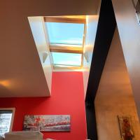 Spacious, Lux, Modern, Charming Skylight, Montreal