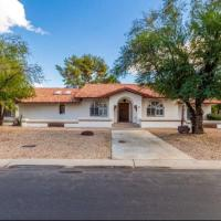 Modern Rustic/Southwest Home/Pet Friendly