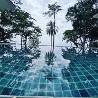 Redrock Lanta Beach Resort & Villas, hotell i Koh Lanta