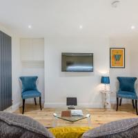 Luxury Apartment, Next to Paddington Station!