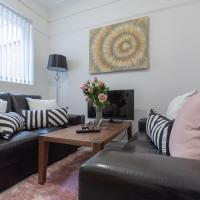 Lux Apartments 4 Bedroom House - Euston
