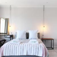 The Majestic Apartment, hotel in Strand