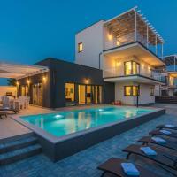 Villa SOLE holiday home