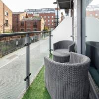 Luxurious Liverpool City Apartment sleeps 10